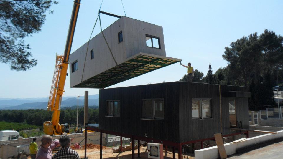 Maison en bois. Maison modulaire bois. Maison prefabriquée